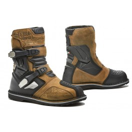TERRA EVO LOW WP homologuee CE BROWN